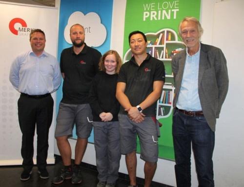Norges første lærekontrakt i grafisk produksjonsteknikk